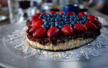 Socker- & glutenfri (men absolut inte kalorifri) tårta